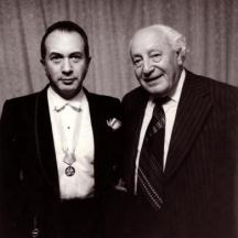 Композиторът със своя талантлив ученик Алексис Вайсенберг