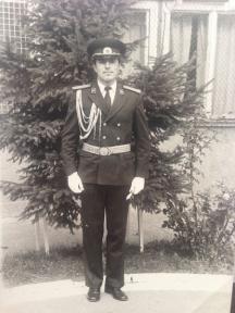 Инж. лейтенант Бойко Борисов след дипломирането си в Академия на МВР