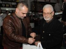 Със сина си - журналистът Асен Йорданов
