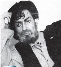 Една от ранните роли на артиста е в образа на Лопахин от
