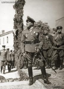 Строен и напет, макар и нисък на ръст ръст, генералът респектираше всеки. Снимка: Изгубената България