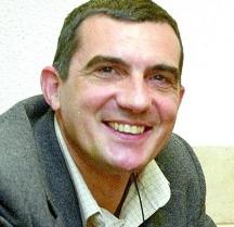 Журналистът Крум Благов