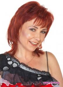 Певицата Милица Божинова