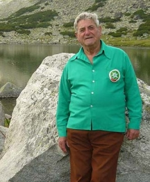 Най-добре 86-годишният ветеран се чувства в планината