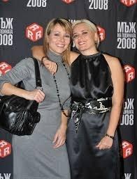 Двете приятелки - Галя Щърбева и Лора Крумова
