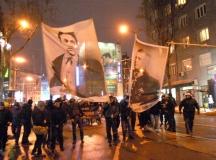 Перверзно е да носиш портрет на генерала до лика на Левски