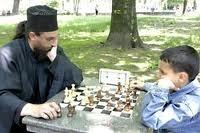 Отецът в шахматна схватка със сина си Киприян Бербатов - талантлив млад шахматист