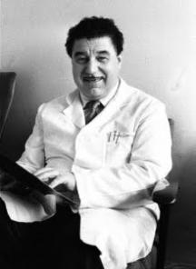 Синът - известният хирург проф. Чавдар Драгойчев