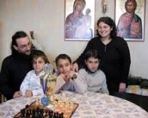 Семейството на отец Стоян