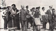 Масовик по природа бай Димо бе често по селата, където не отказваше да се хване и на хорото.