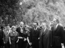 Фамилията Трайкови на погребението на Хараламби Трайков