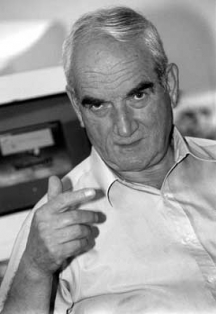 Дамян Обрешков, главен редактор на в.
