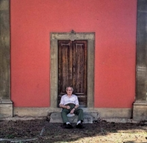 Откакто се пенсионирах по цял ден работя в градината, казва 88-годишният Симоне