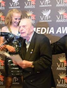 Дянко Марков получава наградата си