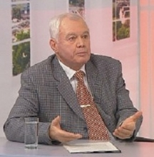 Синът на генерала - о.з. полковник Чавдар Борачев, служил дълги години във военното разузнаване