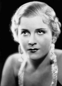 Представителката на руската театрална школа Олга Чехова става звезда в немското кино през 30-те и 40-те години. Тя също е привличала мъжкото внимание на фюрера.