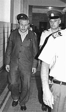 Николай Газдов бе един от основните обвиняеми в съдебното дело по лагерите. По време на процеса той отричаше, да е измъчвал лагерниците в Ловеч.
