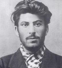 Младият Сталин. Снимката е преди революцията от 1917 г.
