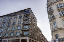 Джагаров живееше със семейството си в обширен апартамент в сградата срещу Руската черква в София